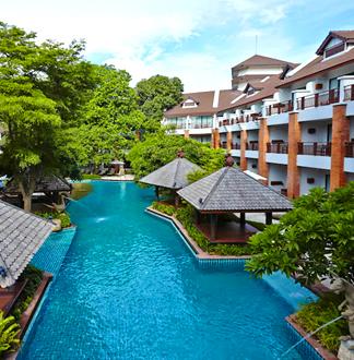 파타야 4성급 우드랜드 호텔 & 리조트 (Woodlands Hotel & Resort)